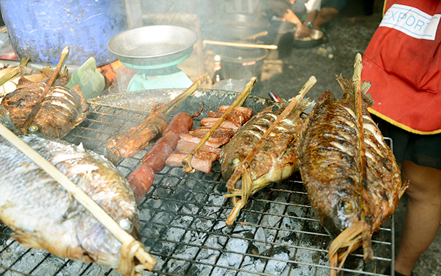 food_luangprabang_laos